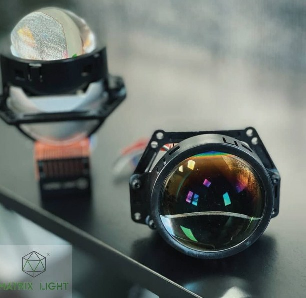 Cận cảnh mặt trước của Bi Laser Matrix Light O2