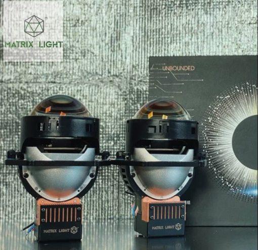 Vỏ ngoài chắc chắn của cặp Bi Laser Matrix Light O2