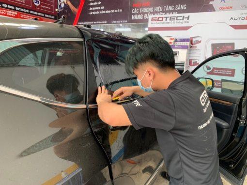 Dán phim cách nhiệt Cool Lux C65 kính lái uy tín tại Auto365 Mỹ Đình