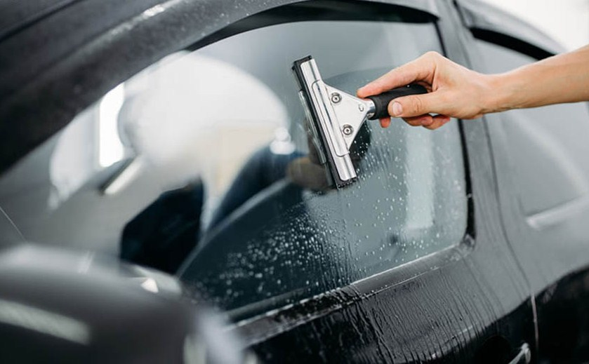 Dán phim cách nhiệt 3M IR25 kính sườn uy tín tại Auto365 Mỹ Đình - Hà Nội