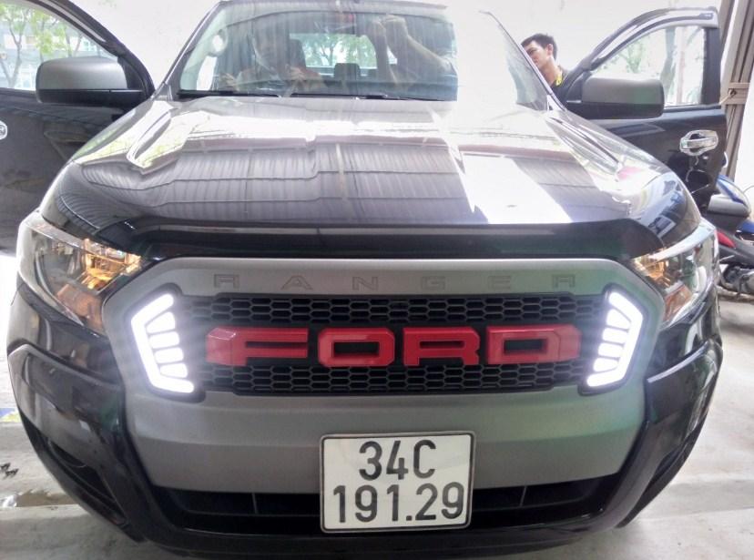 Dán phim cách nhiệt cho xe Ford Ranger