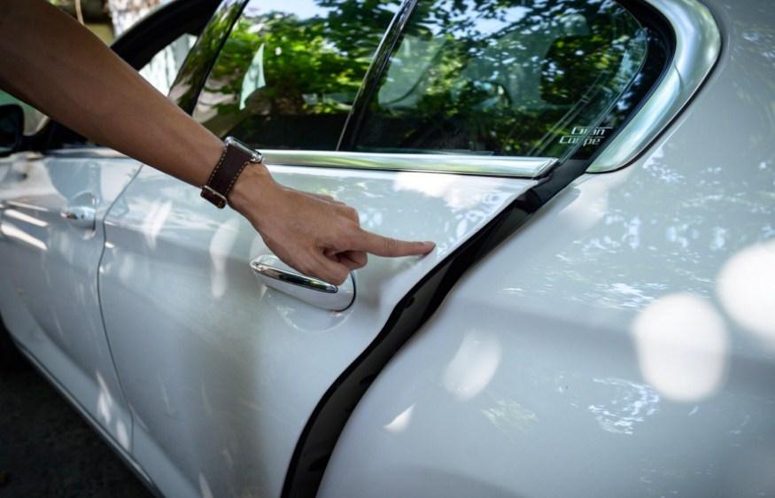 Cửa hít cho xe Kia Sedona giúp việc đóng mở và hạn chế tiếng ồn hiệu quả