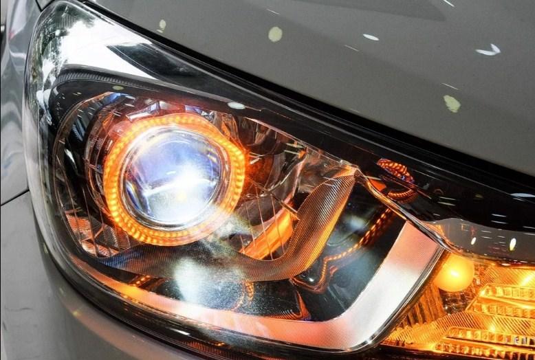 Độ đèn giúp nâng cao chất lượng ánh sáng cho xe Kia Soluto