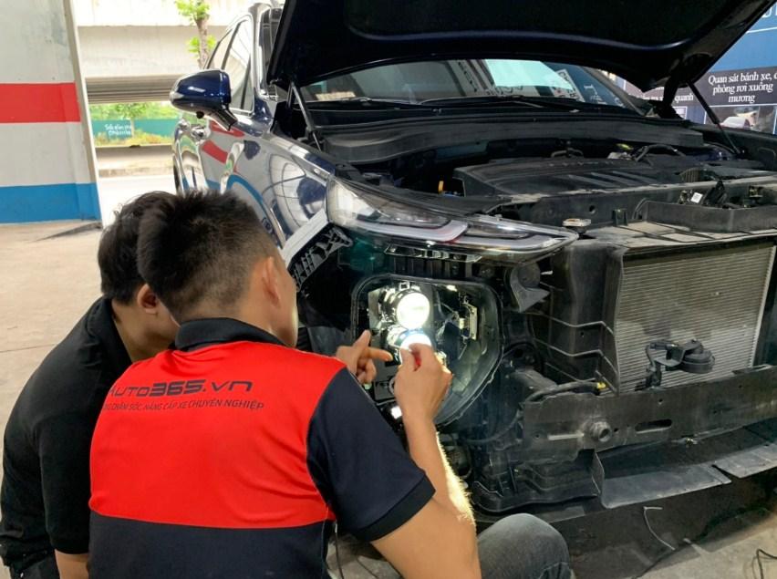Nâng cấp đèn xe ô tô uy tín hãy đến với Auto 365 Mỹ Đình - Hà Nội