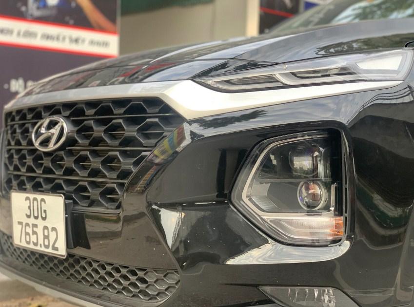 Độ đèn xe cho chiếc Santafe 2020