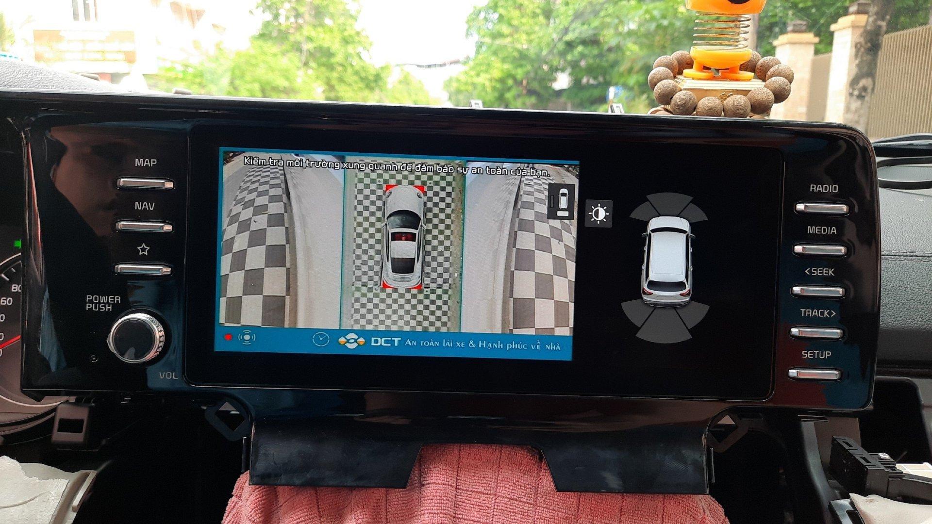Hệ thống DCT T3 PRO hiển thị toàn cảnh xung quanh ngay khi xe khởi động