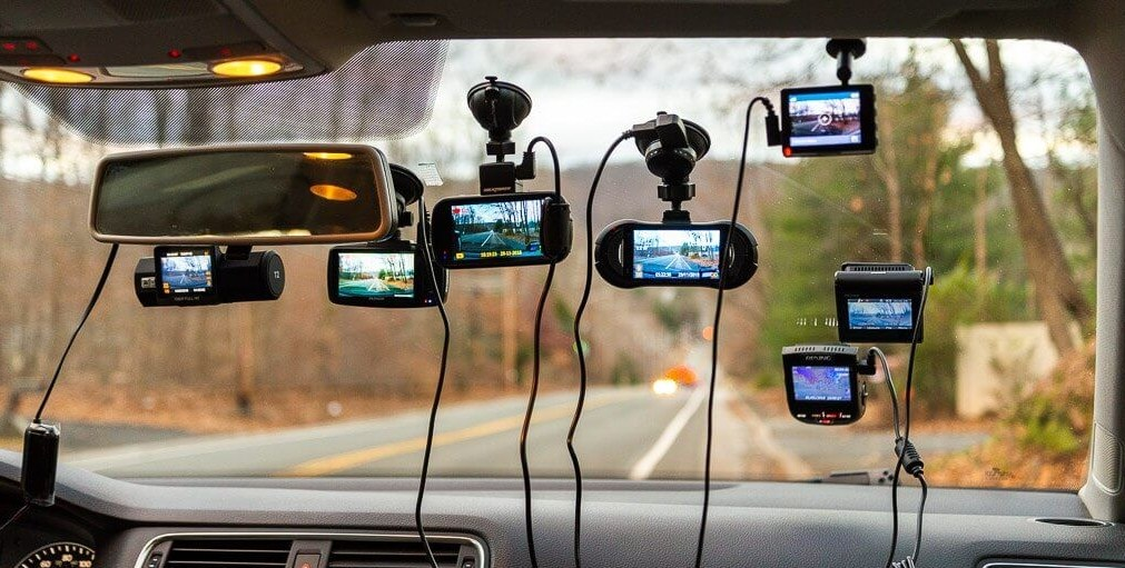 Lắp đặt camera cho xe ô tô là điều nên làm