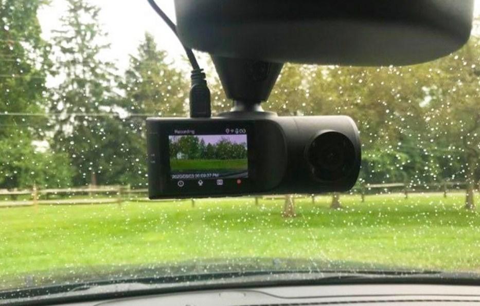 Camera hành trình giúp ghi lại chi tiết hình ảnh trên mọi nẻo đường