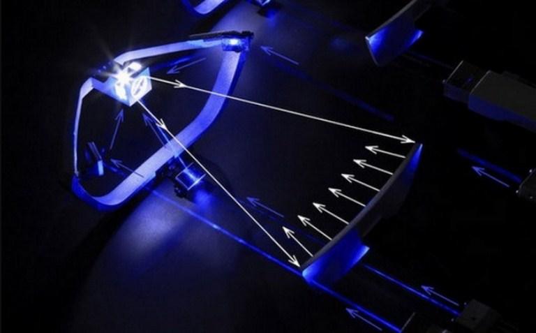 Đèn laser được cấu tạo từ 3 phần chính