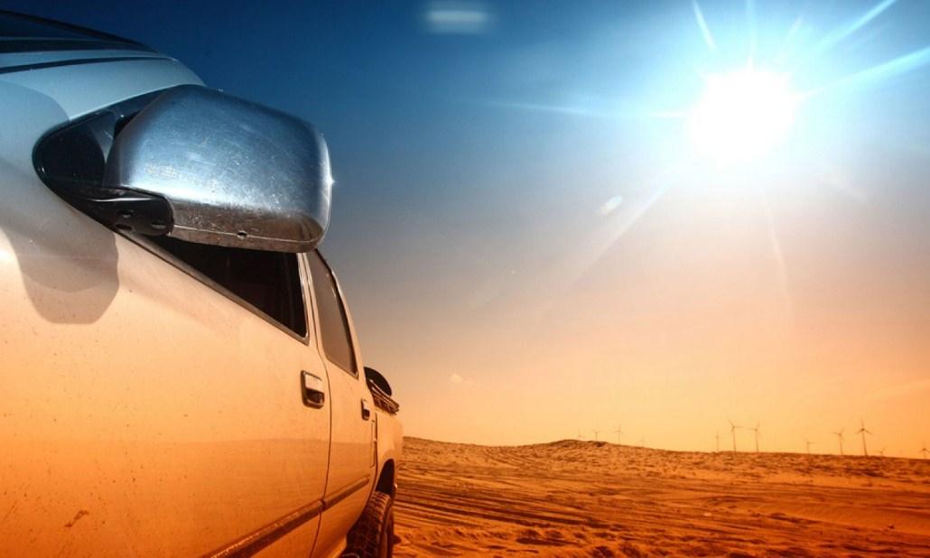 Không để xe quá lâu dưới nắng