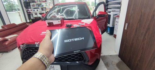 Toyota Corolla Crossb len man hinh gotech tai auto365mydinh