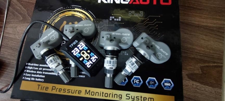 Cảm biến áp suất lốp K68 là thiết bị đo và hiển thị áp suất, nhiệt độ của lốp xe
