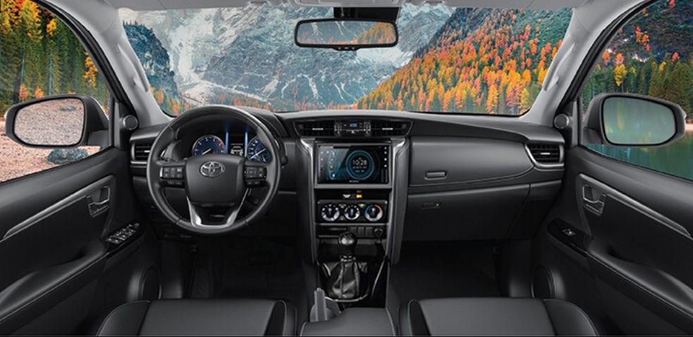 Nội thất của Toyota Fortuner 2021